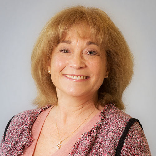 Lindsay Correa